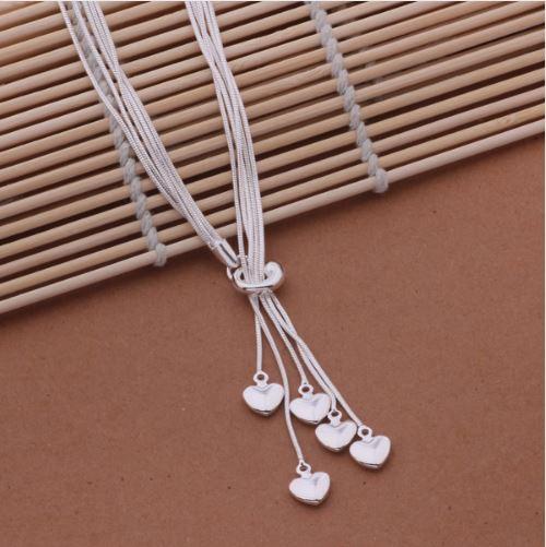 Huashiliya necklace.JPG